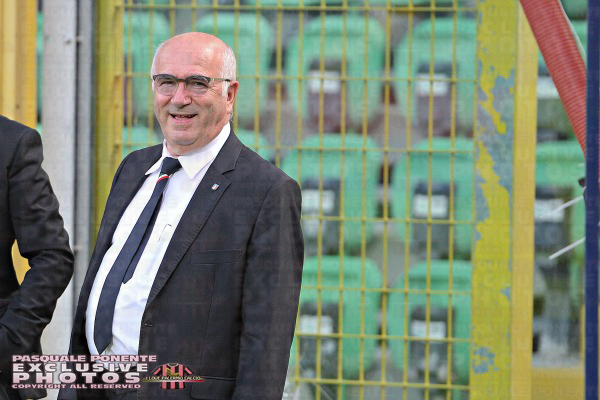 Tavecchio pensa a playoff e playout in A