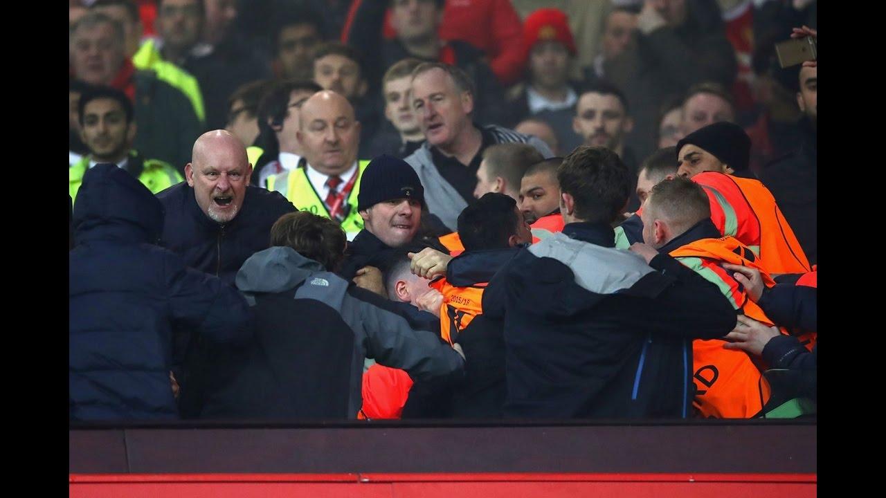 """Gazzetta dello Sport: """"Sono tornati gli hooligans, paura a Londra. West Ham-Chelsea: lancio di seggiolini e bottiglie, a fatica evitato il caos"""" (VIDEO)"""