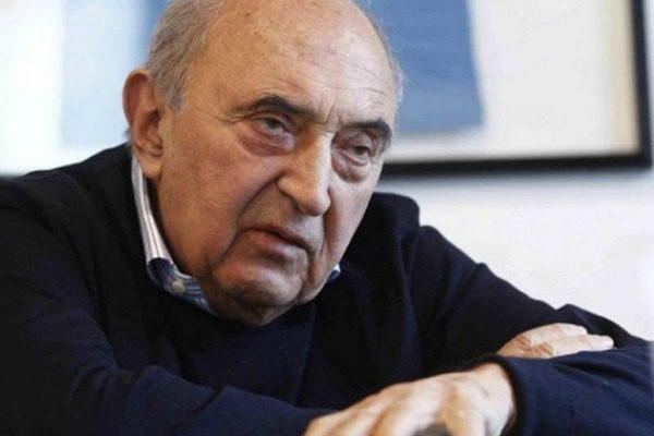 Incidente in tangenziale, coinvolto le#39;ex presidente del Napoli Ferlaino