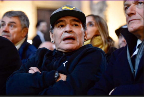 Maradona si scaglia contro la Konami
