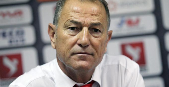 epa04961256 Albania's soccer team head coach Giovanni De Biasi during a press conference in Tirana, Albania, 03 October 2015. De Biasi announced the squad for the UEFA EURO 2016 qualifying Group I matches of Albania against Serbia on 08 October 2015 and Armenia on 11 October 2015.  EPA/ARMANDO BABANI