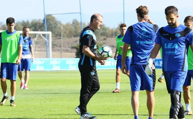Liga, Alaves: rescisso il contratto di Gianni De Biasi