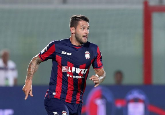 CROTONE, ITALY - AUGUST 27:  Oliver Kragl of Crotone during the Serie A match between FC Crotone and Hellas Verona FC at Stadio Comunale Ezio Scida on August 27, 2017 in Crotone, Italy.  (Photo by Maurizio Lagana/Getty Images)