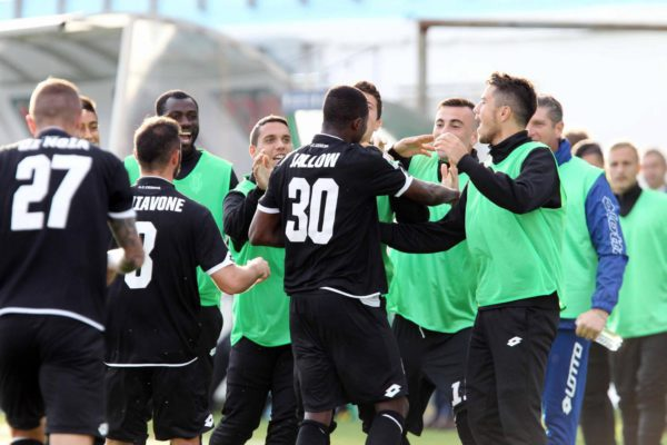"Foto LaPresse - Tano Pecoraro 04 11 2017 Chiavari - (Italia) Sport Calcio Entella vs Cesena Campionato di Calcio Serie B ConTe.it 2017/2018 - Stadio ""Comunale di Chiavari"" nella foto: jallow lamin esulta dopo il gol del 0-2  Photo LaPresse - Tano Pecoraro 04 November 2017 Chiavari - (Italy) Sport Soccer Entella vs Cesena Italian Football Championship League B ConTe.it 2017/2018 - ""Comunale of Chiavari"" Stadium in the pic: jallow lamin esulta dopo il goal del 0-2"