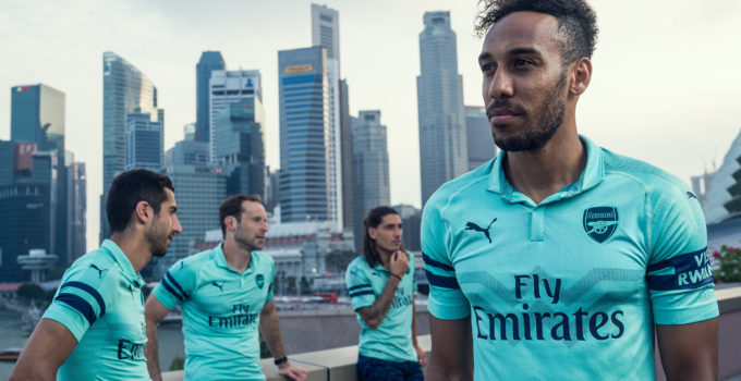 maillot-arsenal-third-2018-2019-puma-aubameyang