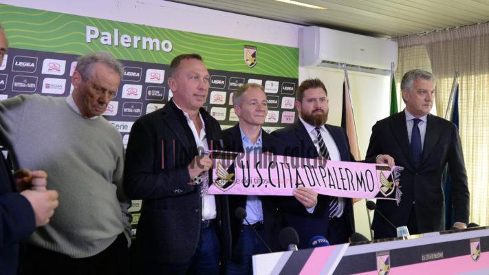Caos Palermo, licenziamenti e dimissioni