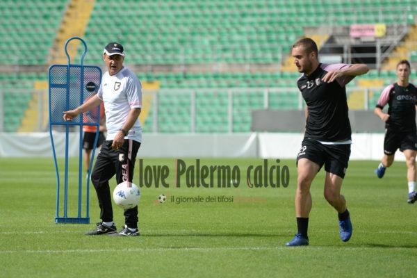 Serie B Palermo, brutte notizie: deferiti il club e Zamparini