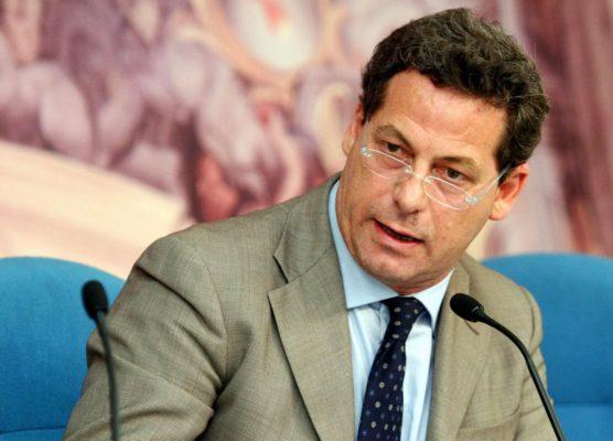 Gianfranco Miccichè  foto di © Emblema - Gianfranco Miccichè dada - emblema