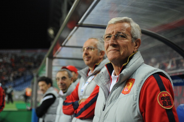 SAITAMA, JAPAN - APRIL 24:  Marcello Romeo Lippi,coach of Guangzhou Evergrande looks on prior to the AFC Champions League Group F match between Urawa Red Diamonds and Guangzhou Evergrande at Saitama Stadium 2002 on April 24, 2013 in Saitama, Japan.  (Photo by Masashi Hara/Getty Images)