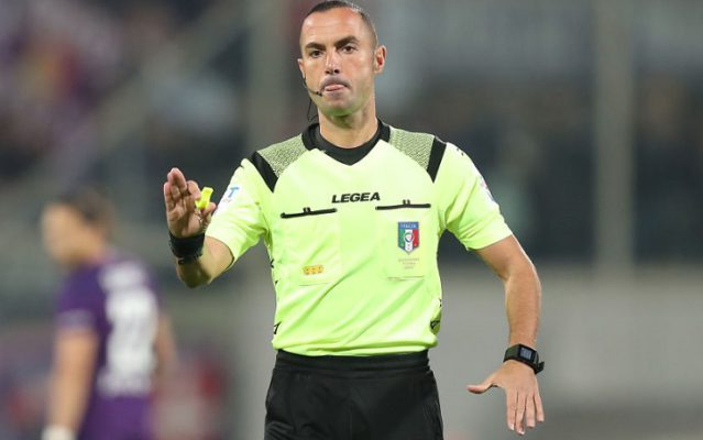 FLORENCE, ITALY - OCTOBER 27: Marco Guida referee during the Serie A match between ACF Fiorentina and SS Lazio at Stadio Artemio Franchi on October 27, 2019 in Florence, Italy.  (Photo by Gabriele Maltinti/Getty Images)