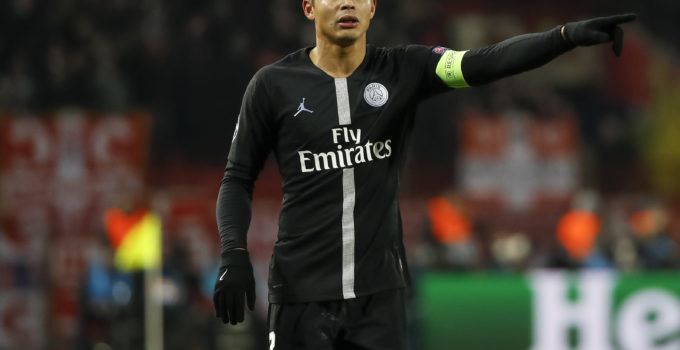 BELGRADE, SERBIA - DECEMBER 11: Thiago Silva of Paris Saint-Germain reacts during the UEFA Champions League Group C match between Red Star Belgrade and Paris Saint-Germain at Rajko Mitic Stadium on December 11, 2018 in Belgrade, Serbia. (Photo by Srdjan Stevanovic/Getty Images)