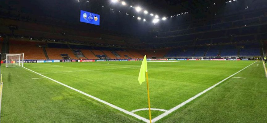 during the UEFA Champions League round of 16 first leg match between Atalanta and Valencia CF at San Siro Stadium on February 19, 2020 in Milan, Italy.