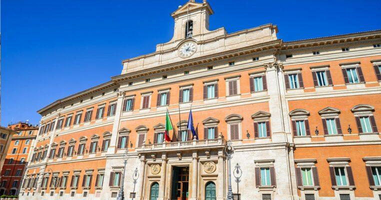 I furbetti dei 600 euro appartengono a Lega, M5S e Italia Viva